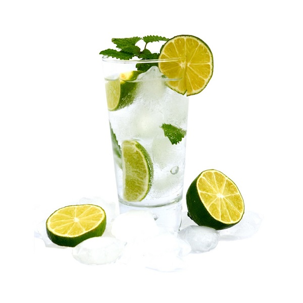Agua con sabor agua con limón